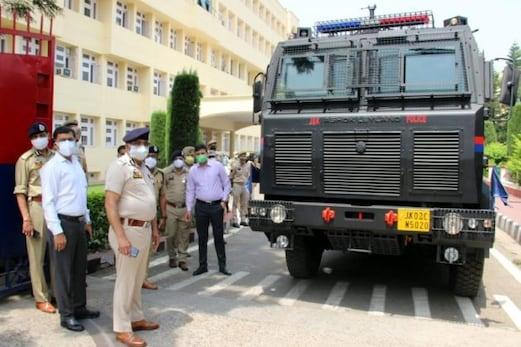 جموںوکشمیرپولیس کوجدیدتکنیک اورہتھیاروں سےکیاجارہاہےلیس: ڈی جی پی دلباغ سنگھ کابیان