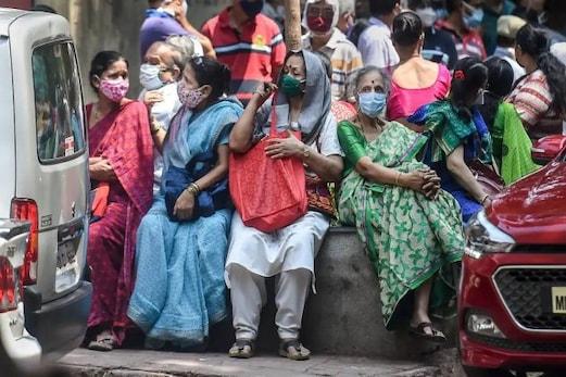کووڈ۔19 کی ہرطرف ہاہاکار! بڑے شہروں کو متاثر کرنے کے بعد اب ہندوستان کے دیہی علاقے بھی کورونا کی زد میں