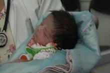 حاملہ بیوی کی کووڈ رپورٹ پازیٹو آنے سے اڑے سب کے ہوش، لیکن محض 16 دن کی بچی نے جیتی کورونا سے جنگ