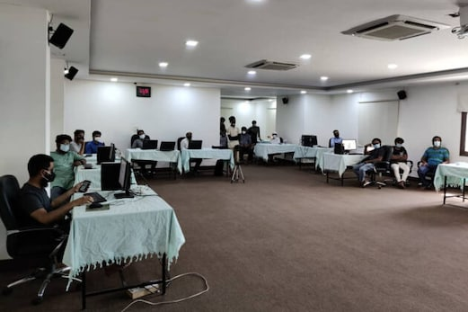 جماعت اسلامی کی کورونا ہیلپ لائن سے سامنے آیا دہلی اور اترپردیش کی میڈیکل سہولیات کا سچ ، جان کر چونک جائیں گے
