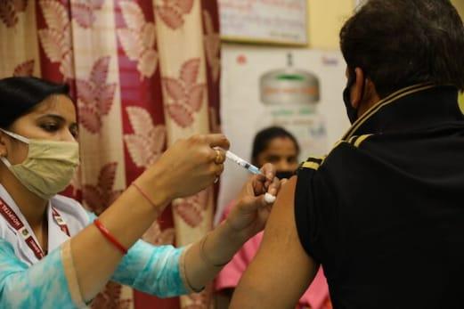 Myths & Facts : ہندوستان میں ویکسیی نیشن: حقائق اور غلط فہمیاں