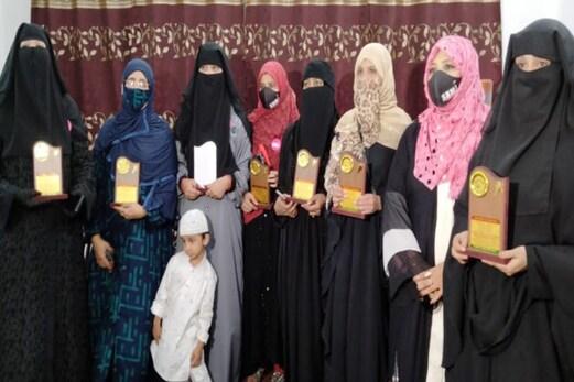 مدھیہ پردیش : جانباز خواتین کو مساجد کمیٹی نے اعزاز نوازا ، کورونا قہر میں دیا تھا یہ بڑا فریضہ انجام