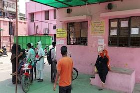 میرٹھ : جنرل او پی ڈی کے بند ہونے سے اسپتالوں کے چکر لگا کر پریشان ہوئے غریب مریض