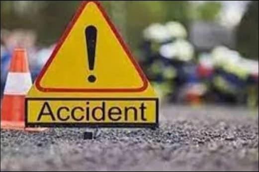 پاکستان میں بڑا حادثہ! بس اور ٹرک کی زبردست ٹکر،30 لوگوں کی موت،40 سے زیادہ زخمی