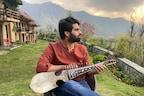 جموں و کشمیر : 21 سالہ عدنان منظور نے رباب پر اپنی دھنوں سے انٹرنیٹ پر مچائی سنسنی