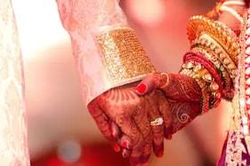 موت کے بعد کنبے نے کرائی عاشق جوڑے کی کرائی شادی، زندگی رہتے پہلے نہیں دی شادی کی اجازت۔۔