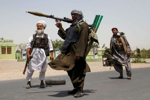 طالبان کی بڑھتی پیش قدمی اور صوبائی راجدھانیوں پر قبضے کے بعد افغان حکومت کی اقتدار میں شراکت کی پیشکش