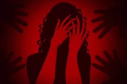 مہاراشٹر: لکھنو سے ممبئی جارہی ٹرین میں لڑکی کی اجتماعی آبروریزی، 4 ملزم گرفتار