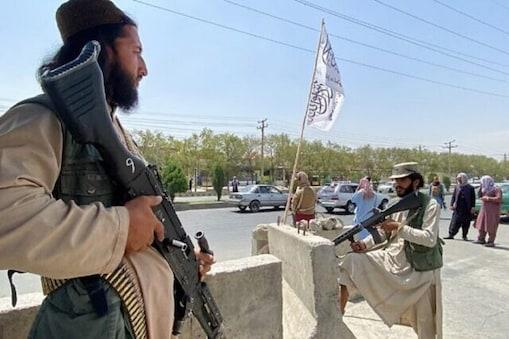 تو کیا افغانستان میں طالبان حکومت کو منظوری دینے پر راضی ہوگیا ہے امریکہ ؟ (AFP/17 Aug 2021)