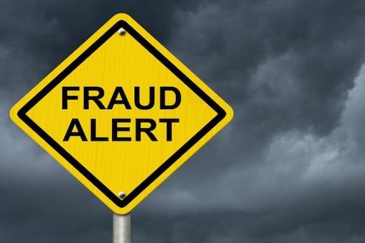 Fraud Alert: وہ کونسی وجوہات ہیں جن کی وجہ سے لوگ ہوتے ہیں مالی گھوٹالوں کا شکار؟