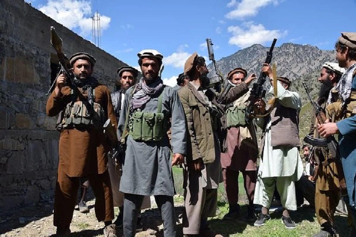 امریکہ کے صدر جوبائیڈن نے کہا ہے کہ یہ چین، پاکستان، ایران اور روس، افغانستان میں طالبان کی پیش رفت کے معاملے پر یہ سمجھنے کی کوشش کر رہے ہیں اب انہیں کیا کرنا چاہئے۔