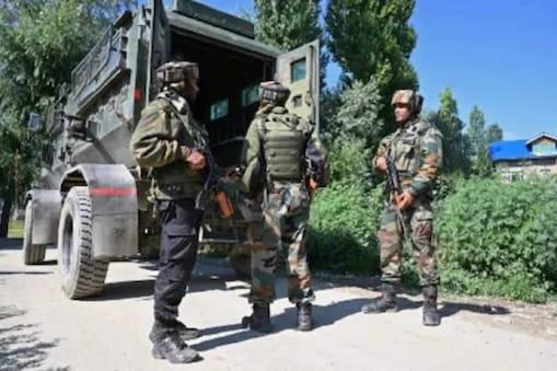 جموں وکشمیر کے راجوری میں دہشت گردوں کے ساتھ تصادم میں ایک جے سی او سمیت 5 فوجی شہید