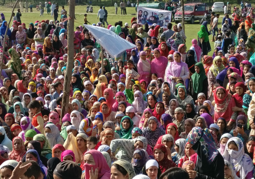 Women shouting slogans at the funeral of Ayyub Lelhari of Lashkar-e-Toiba. Ayyub,a district commander of LeT, was killed in an encounter with security forces on August 16, 2017.