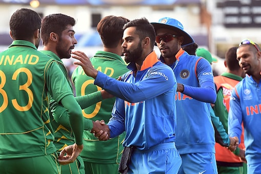 இந்தியா - பாகிஸ்தான் கிரிக்கெட் அணிகள். (Getty Images)
