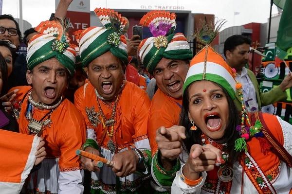 இந்திய அணியின் தொடக்க வீரர் ரோஹித் சர்மா அதிகபட்சமாக 140 ரன்கள் குவித்தார். விராட் கோலி 77 ரன்கள் சேர்த்தார்.   ICC Wordl Cup 2019 - IndiavsPakistan