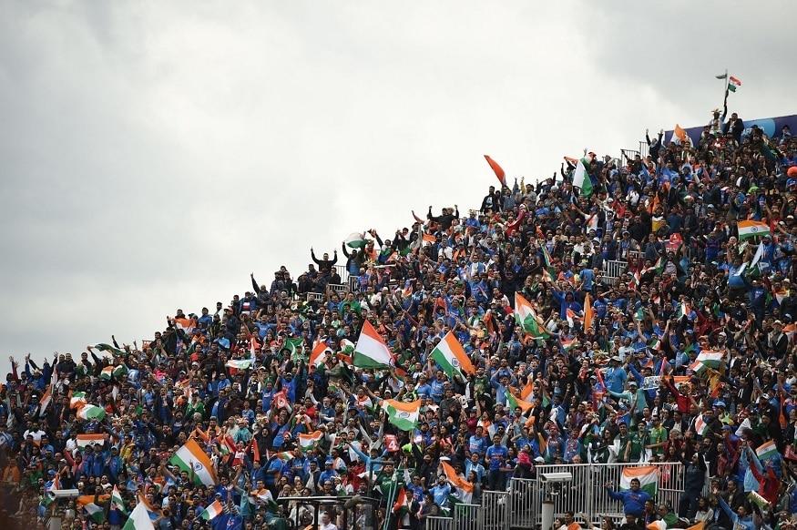 இன்றைய போட்டியை மான்செஸ்டர் மைதானத்தில் ரசிக்க பாகிஸ்தான் ரசிகர்களை விட இந்திய ரசிகர்களின் ஆதிக்கமே அதிகமாக இருந்தது   ICC Wordl Cup 2019 - IndiavsPakistan