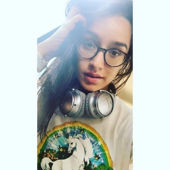 நடிகை ஸ்ரதா கபூர்