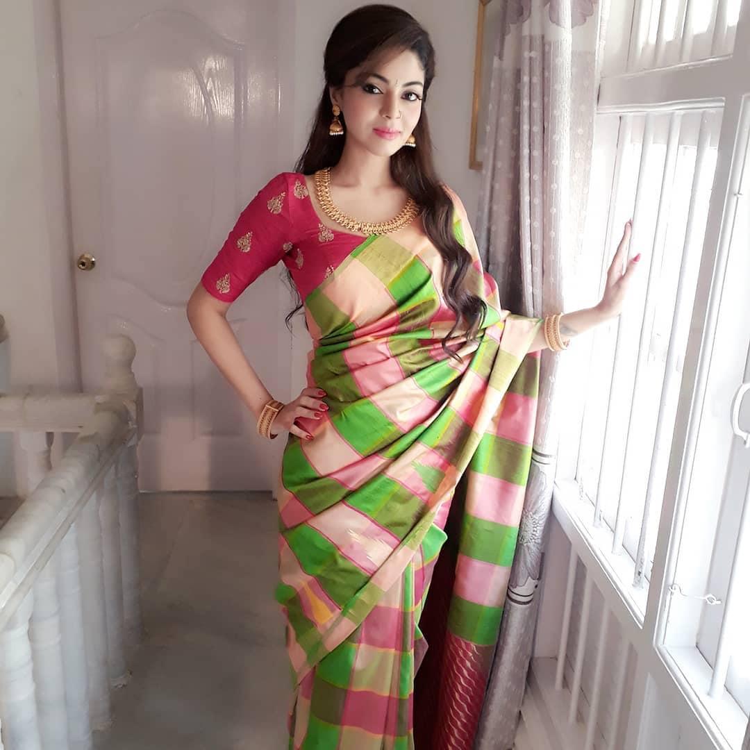நடிகை சனம் ஷெட்டி. (Image: Instagram)
