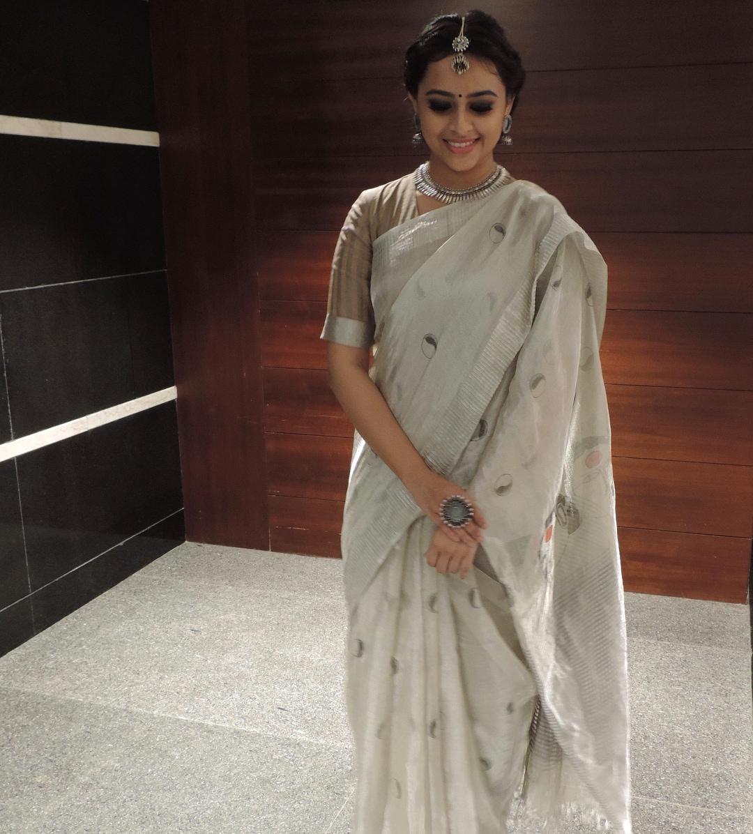 நடிகை ஸ்ரீ திவ்யா (image: Instagram)