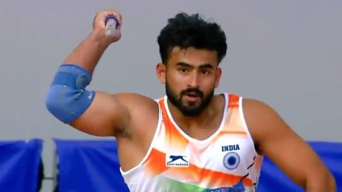 ஈட்டி எறிதலில், டோக்கியோ ஒலிம்பிக் போட்டிகளுக்கு தகுதிபெறும் இரண்டாவது இந்திய வீரர் இவராவார்.