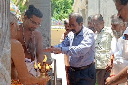 சிவங்கை மாவட்ட ஆட்சியர் ஜெயகாந்தன்.