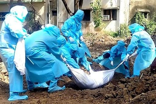 கொரோனா பாதிப்பால் இன்று மட்டும் 67 பேர் உயிரிழந்துள்ளனர். அதன்மூலம் மொத்த உயிரிழப்பு 9,984 ஆக அதிகரித்துள்ளது.