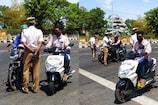 போலீஸ், மீடியா, மாநகராட்சி என ஸ்டிக்கர் ஒட்டி வாகனம் ஓட்டிய 94 பேர்