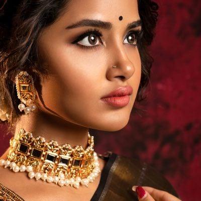 நடிகை அனுபமா பரமேசுவரன் (படங்கள் - ட்விட்டர் )