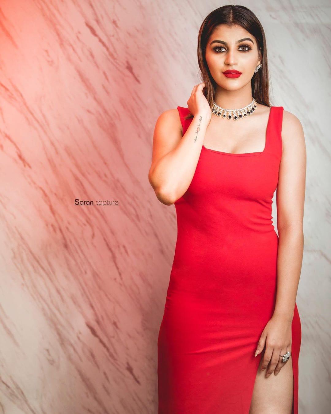 நடிகை யாஷிகா ஆனந்த் -(Photo: Instagram)