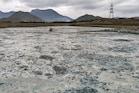 மேட்டூர் அணை பகுதிகளில் ரசாயனக் கழிவுகளால் நிறம்மாறும் நீர்