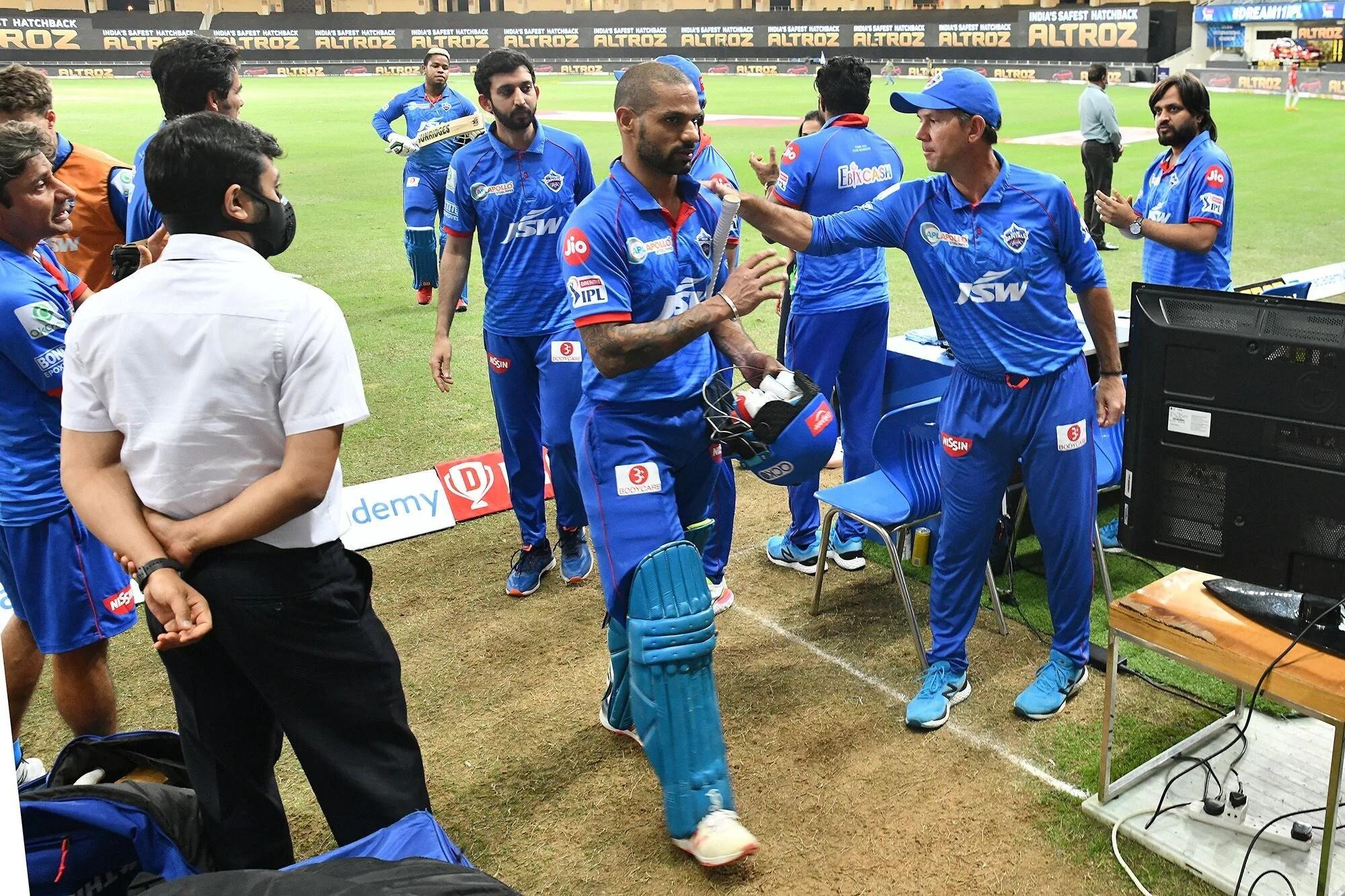 பஞ்சாப் உடனான போட்டியில் டெல்லி தோல்வியடைந்தது. 164 ரன்கள் இலக்கை விரட்டிய பஞ்சாப் 5 விக்கெட் வித்தியாசத்தில் வெற்றி பெற்றது.