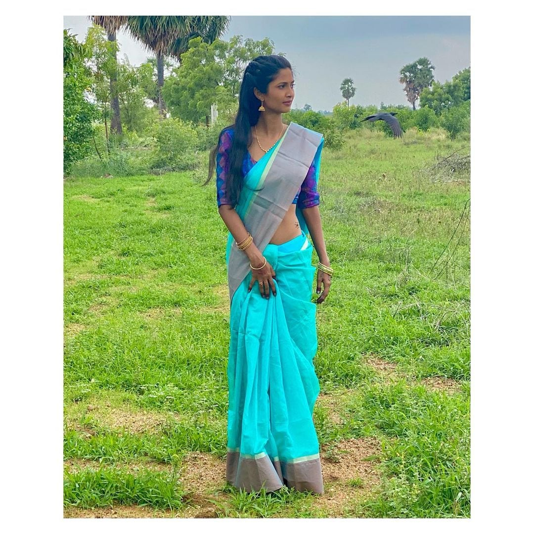 Photos : instagram@keerthipandian