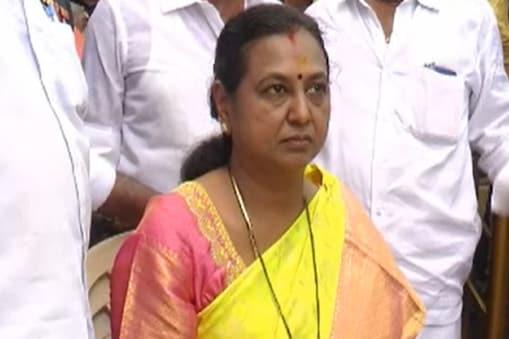 தேர்தல் பிரச்சாரத்தை தடுக்கும் நோக்கத்தோடு அரசு செயல்படுகிறது: பிரேமலதா விஜயகாந்த் குற்றச்சாட்டு