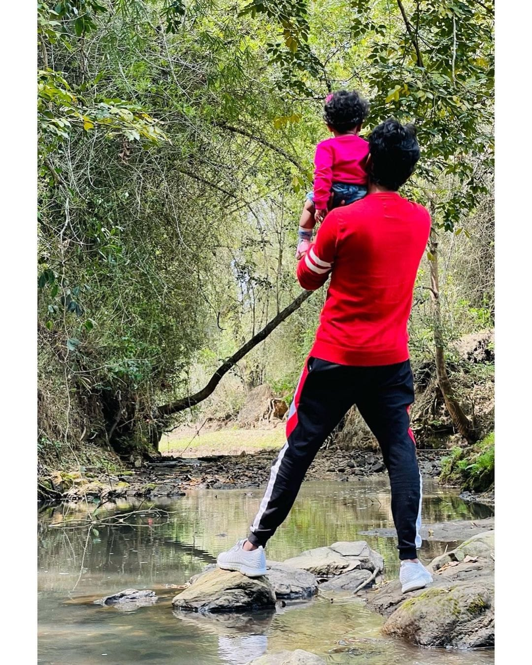 Bigg Boss Rio Raj Forest Trip with his Family 1
