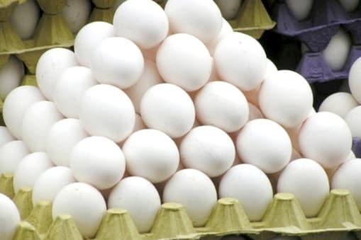 Egg Price | அதிரடியாக குறைந்தது முட்டை விலை... எவ்வளவு தெரியுமா?