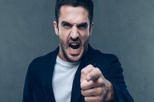 Anger : கட்டுப்படுத்த முடியாத உங்கள் கோபத்தை தணிக்க சில வழிகள்..!