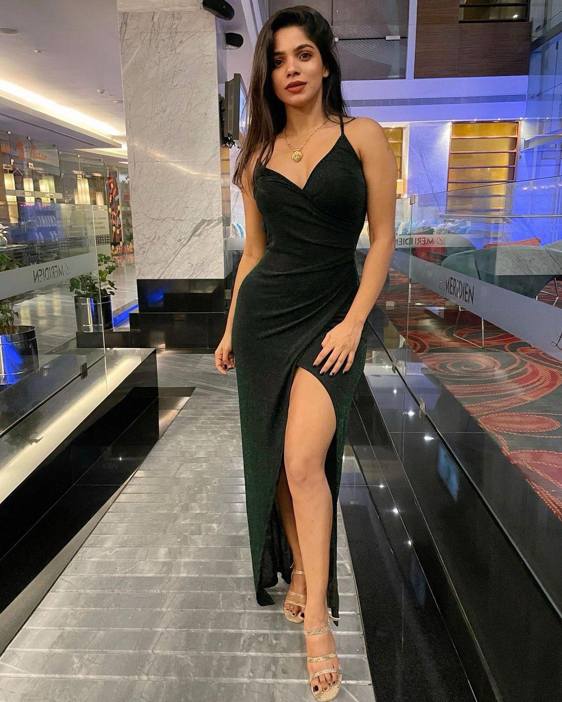 நடிகை திவ்ய பாரதி( Image : Instagram @divyabharathioffl )