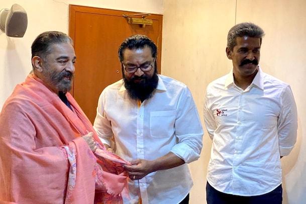 மக்கள் நீதி மய்யம் தலைவர் கமல்ஹாசனை சந்தித்தார் சரத்குமார்