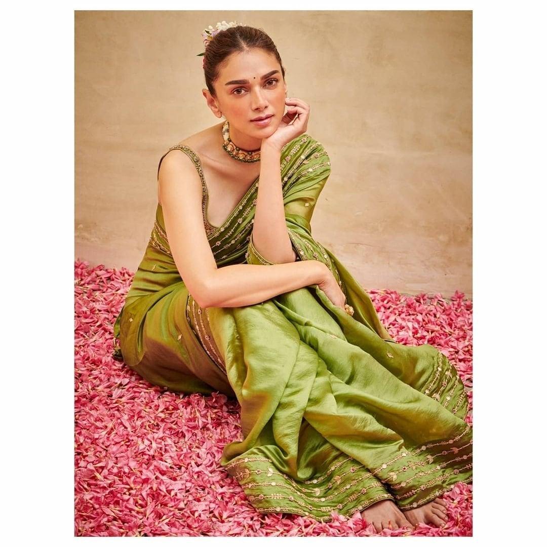நடிகை அதிதி ராவ் ( Image :Instagram @aditiraohydari)