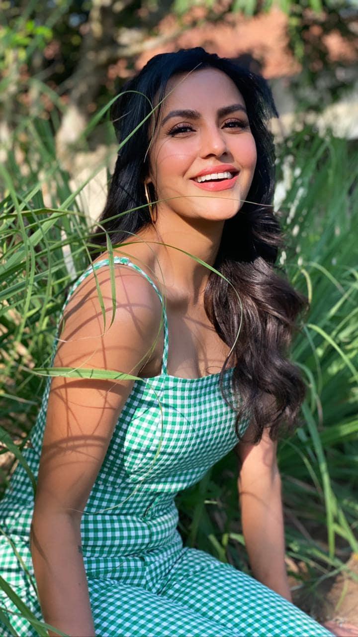நடிகை பிரியா ஆனந்த் (Image : Twitter )