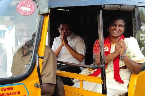 Exclusive : செல்லூர் ராஜூ-விடம் கார் இல்லையாம், ஆனால் என்னிடம் ஆட்டோ உள்ளது - மதுரை மார்க்சிஸ்ட் வேட்பாளர் பொன்னுத்தாயி