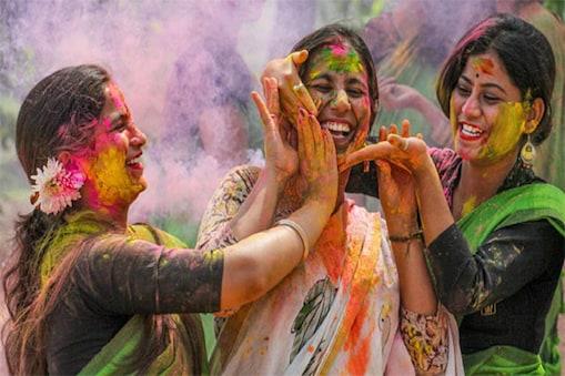 Happy Holi 2021: மார்ச் 31 வரை சிறப்பு ரயில்களை இயக்கும் இந்திய ரயில்வே - முழு பட்டியல் உள்ளே!