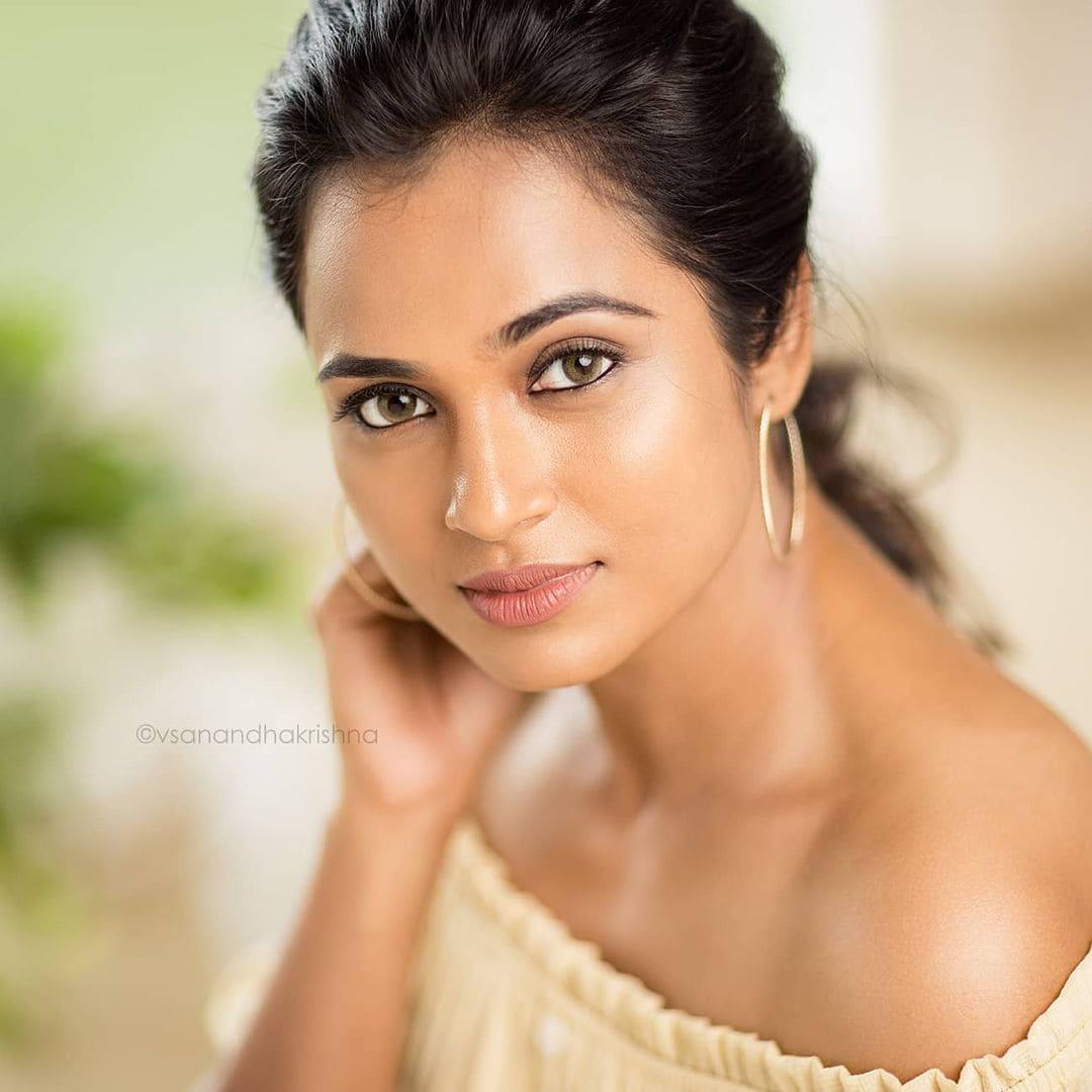 நடிகை ரம்யா பாண்டியன் ( Image : Instagram @actress_ramyapandian)