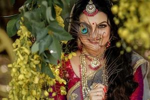 இணையத்தை கலக்கும் நடிகை சரண்யா மோகன் லேட்டஸ்ட் கிளிக்ஸ்