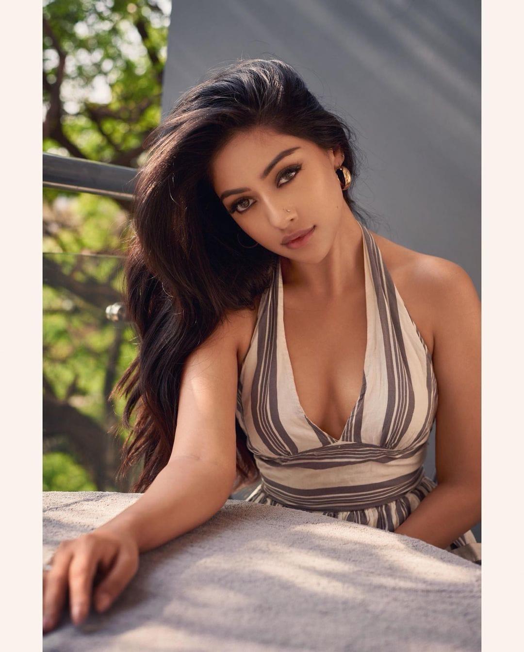 நடிகை அனு இமானுவேல் ( Image :Instagram @anuemmanuel)