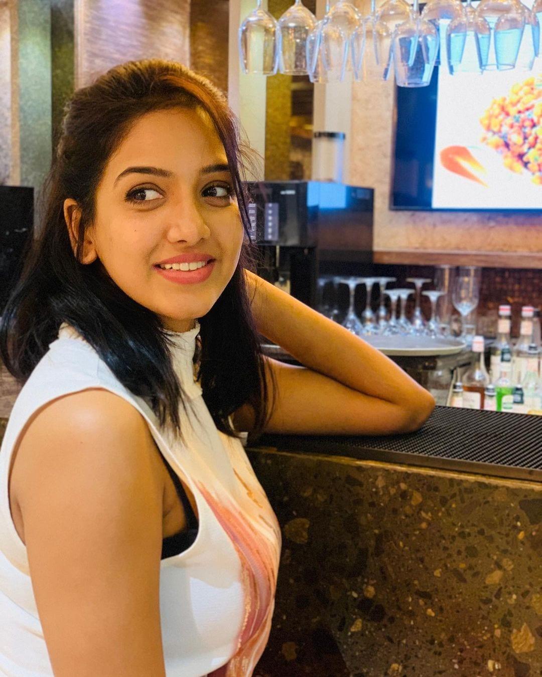 நடிகை பவானி ரெட்டி ( Image :Instagram @pavani9_reddy)