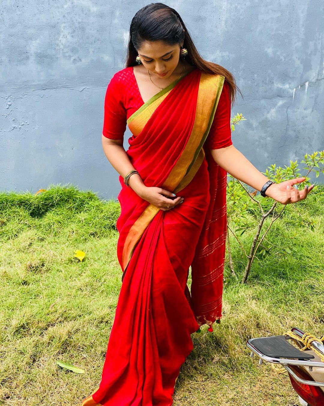 நடிகை ஸ்ரீத்து கிருஷ்ணன் ( Image: Instagram @sreethu_krishnan )