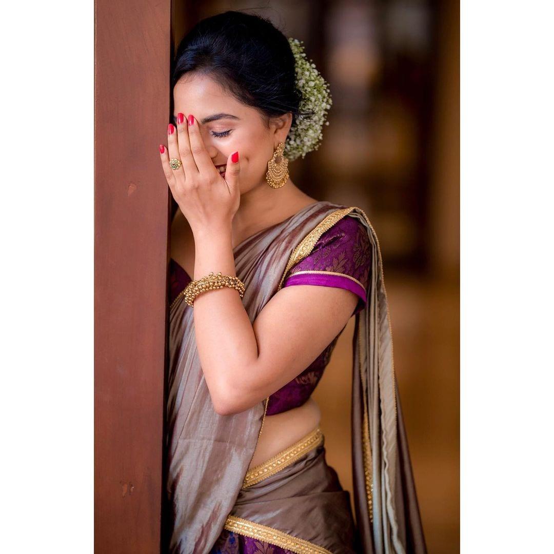 அதையடுத்து யுத்தம் செய், மேகா, டார்லிங் ஆகிய திரைப்படங்களில் நடித்தார்.