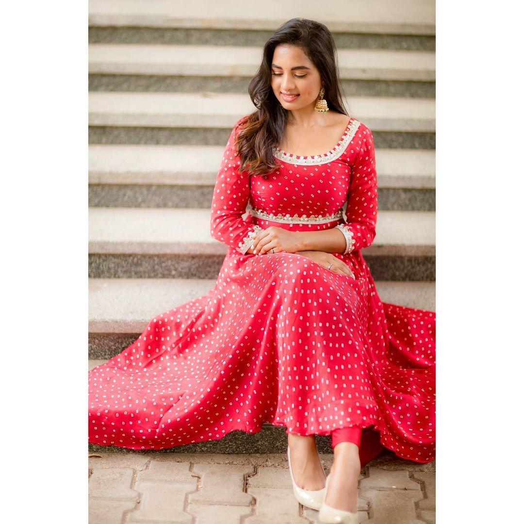 நடிகை சிருஷ்டி டாங்கே ( Image : Instagram @srushtidangeoffl)