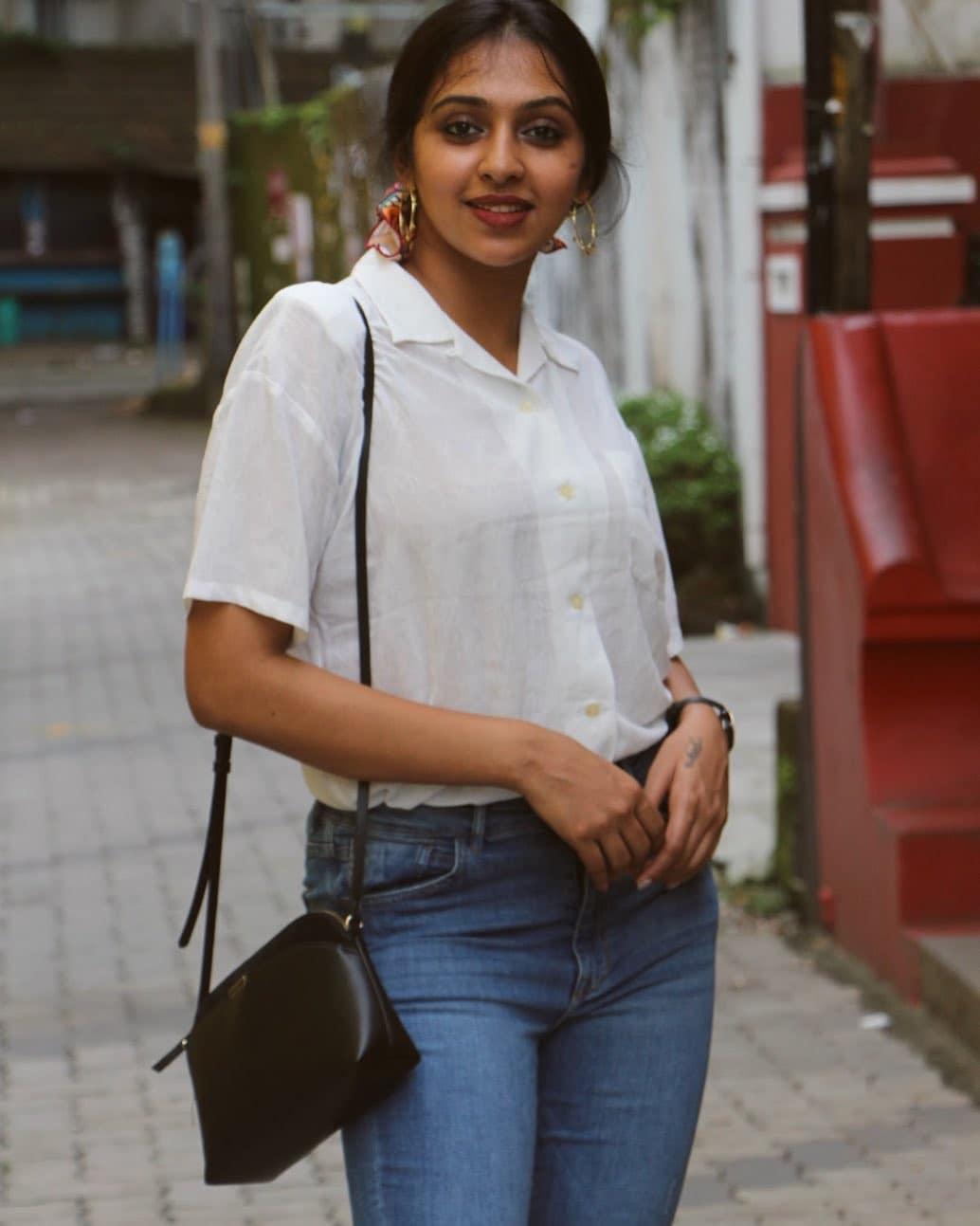 நடிகை லட்சுமி மேனன் ( Image : Instagram @lakshmimenon967)